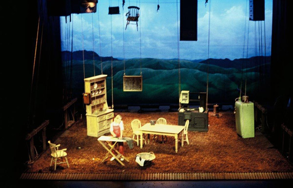 Theatre set design by Lizz Santos